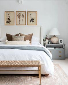 Master Bedroom Design, Dream Bedroom, Home Bedroom, Bench In Bedroom, Light Bedroom, Master Bedroom Decorating Ideas, Bedroom Interior Design, Target Bedroom, Bathroom Interior