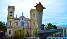 Colombia - Basílica de Sogamoso y Monumento al Sol de los Chibchas, Sogamoso, Boyaca.