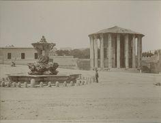 Piazza della Bocca della Verità Anno: fine 800 Best Cities In Europe, Old Photos, Gazebo, The Past, Outdoor Structures, Antiques, City, Vintage, Rome