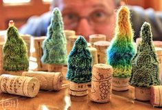Cork Forest Knitted Christmas Tree Free Pattern - how cute are these!