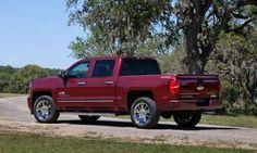 2014 Chevrolet Silverado drive review - http://cars-talk.com/2014-chevrolet-silverado-drive-review.html