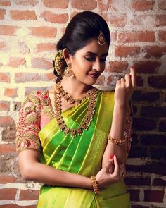 To make it easier for you, we have the top trending beautiful silk saree blouse designs so that you can choose the best for your saree look. Peacock Blouse Designs, Saree Blouse Neck Designs, Bridal Blouse Designs, Blouse Patterns, Kurti Designs Party Wear, Party Wear Sarees, Lehenga Saree Design, Sari, Saree Dress