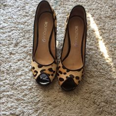 Leopard shoes Made in Brazil worn once looks super new! Boutique 9 Shoes