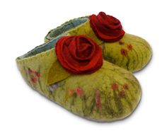 Learn to make Felt Slippers course at The Gilliangladrag Fluff-a-torium