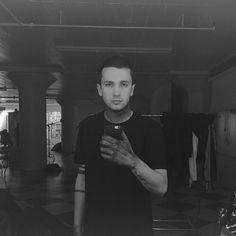 blurryface should take more selfies