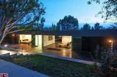 Zac Efron Lists His 1947 'Case Study House' for $2.849M - Celebrity Real Estate - Curbed National
