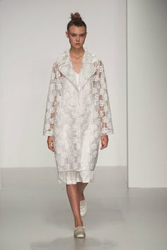 Simone Rocha:Spring/Summer 2014:Review | ELLE UK love this - if I ever have another wedding this could sway me. Ethereal
