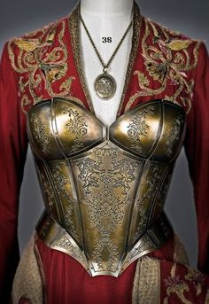 Really good contrast between the queenly robes and armor, shows Cersei's (Game of Thrones) growing insecurity. She hardly shows it through her words but her clothing speaks for itself! Got Costumes, Cosplay Costumes, Costume Armour, Armadura Medieval, Mode Costume, Ex Machina, Medieval Clothing, Medieval Fashion, Victorian Dresses