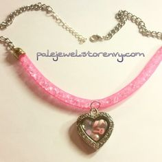 Kawaii pink bunny necklace