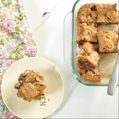 These Chewy Toffee Chocolate Blondies are the perfect marriage between chocolate chip cookies and brownies!