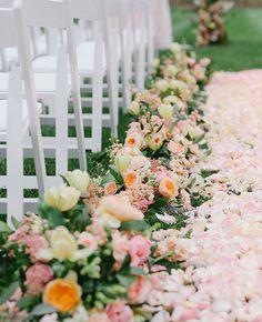 floral aisle runner | Allan Zepeda | Blog.theknot.com