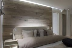 A headboard is an ideal accessory to fill out the appearance of your apartment bedroom. This headboard has a rather straightforward design. Cool Headboards, Modern Headboard, Headboard Designs, Headboard Ideas, Wall Headboard, Headboard Lights, Wooden Headboards, Bedroom Designs, Home Bedroom