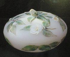 岩崎五郎 tubakikasiki Gourd Art, Something Beautiful, Craft Work, Gourds, Art Google, Glass Art, Sculptures, Tableware, Flowers