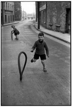 Children play in Dublin. Photo by Henri Cartier-Bresson/kalid paola Magnum Photos, Candid Photography, Vintage Photography, Street Photography, Landscape Photography, Portrait Photography, Nature Photography, Travel Photography, Fashion Photography