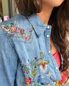 Stretchy denim embroidered fitted shirt with snap buttons a spring fav! Amazing details that match any color!