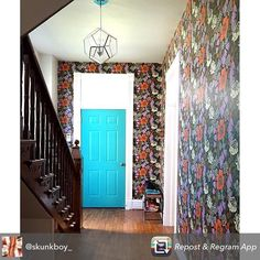 How amazing is this! :heart: Repost from @skunkboy_ using @RepostRegramApp - Entryway of my dreams! :heart_eyes::heart_eyes::heart_eyes::heart_eyes::heart_eyes: (paper from @wallpaperdirect) #abmathome #abmlifeiscolorful