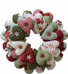 Heart Wreath Pattern – Quilting Books Patterns and Notions Felt Decorations, Valentine Decorations, Valentine Crafts, Christmas Decorations, Etsy Christmas, Christmas Wreaths, Christmas Crafts, Christmas Ornaments, Christmas Applique