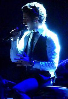 Gianluca Ginoble ⭐️IL VOLO⭐️Credit: Joyce Bird (Vancouver concert 2013) via IL VOLO Virtual Tour Bus Lavina Kueker