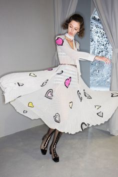 Christian Dior Spring 2018 Ready-to-Wear Beauty Photos - Vogue