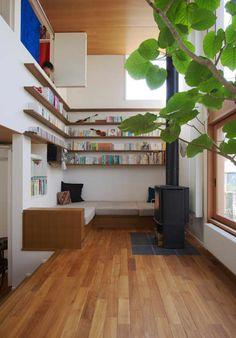 リビング: 長浜信幸建築設計事務所が手掛けたリビングです。