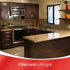 Las cocinas con forma de U, mantienen todo a la mano y con un enorme espacio.   #Decoracion #Cocina