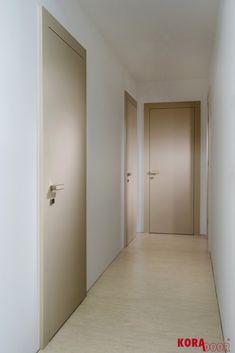 Matné interiérové dvere chodby/ Matt door hallway
