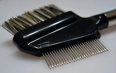 Eye Lash Comb