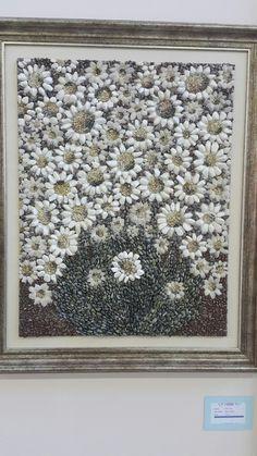 Mosaic Tile Art, Pebble Mosaic, Mosaic Crafts, Seashell Art, Seashell Crafts, Garden Ideas Nz, Beach Rock Art, Pebble Garden, Pebble Pictures