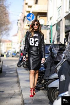 Slimming Skirt 2014 The Urban Spotter 2 Sporty Chic, Sporty Look, Edgy Chic, Sport Fashion, Fashion Outfits, Womens Fashion, Jersey Fashion, Black Leather Pencil Skirt, Leather Skirts