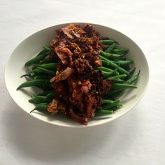 Beans with crunchy pancetta crumbs