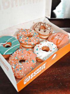 Delicious Donuts, Yummy Food, Yummy Treats, Sweet Treats, Think Food, Food Goals, Cafe Food, Aesthetic Food, Food Cravings