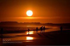 silhouettes http://ift.tt/1PwaAJe beachcloudslightoceansandseaseascapesilhoueteskysummersunsunsettravelwater