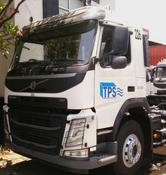 Volvo Truck FM370 White - TPS Branding