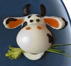 Culinary exclusive: Bull and cows. Cute Snacks, Cute Food, Yummy Food, Food Art For Kids, Cooking With Kids, Food Crafts, Diy Food, Toddler Meals, Kids Meals