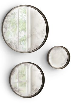 Round, dimension-making, reflective curves give our Shire Walls Mirrors an impressively elegant attitude when grouped.