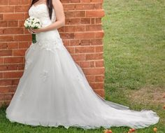 Novo vestido publicado! Vendo Vestido de Noiva :) por só 450€! Economize um 68%!   http://www.weddalia.com/pt/loja-vender-vestido-de-noiva/vendo-vestido-de-noiva/ #VestidosDeNoiva via www.weddalia.com/pt