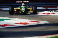 Johnny Herbert  Lotus - Ford 1992
