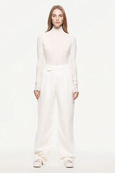 ASYMMETRIC PANT WOMAN UNIT.01 | ZARA Portugal Zara Fashion, Fashion Brand, Zara Portugal, Zara Mode, Basic Shirts, High Collar, Tank Tops, Daily Fashion, Latest Fashion Trends
