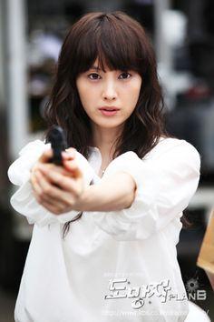 http://movie.oha.vn/truyen-hinh/59/4264/ke-hoach-b-vtvcab-fugitive-plan-b.html