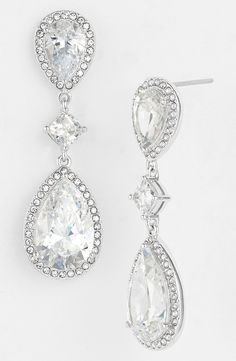 Going to feel like a classic beauty wearing these timeless sparkly drop earrings.