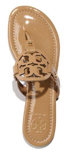 Tory Burch sandal http://rstyle.me/n/vtrpepdpe