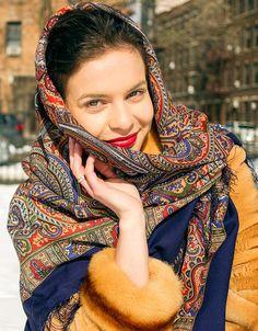 Russian Shawl Pavlovo Posad yellow blue Wool by russianicon