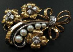 """Брошь """"Букет"""",  золото 750 пробы,  бриллианты."""