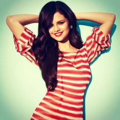 Selena Gomez Will Be Playing Alices Sister