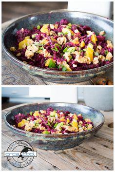 Overheerlijke Rode Kool Salade met bietjes, walnoten, dadels en sinaasappel. klik op de foto voor het recept.