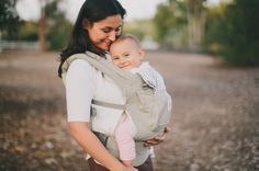 Ergobaby Original Baby Carrier...best for all-around everyday use   Choose the best baby carrier for your family   #babywearing #ergobaby #lovecarrieson