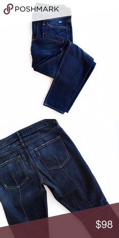 Vince jeans Like new! No trades. Open to offers Vince Jeans Skinny