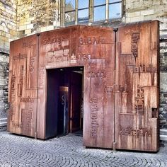 Autumn@Maastricht #Maastricht #Holland #Dutch #Limburg #Netherlands #Igerslimburg #Igersmaastricht #Igersholland #Afternoon #Urban #Autumn #Fall #Shop #Store #Street #Streetphotography #Book #Books #Bookstore #Selexyzdominicanen #Selexyz #Church #Dominicanenchurch #Door #Steel #Entrance #Doorway #Portal #Seasonsend #2012 - @amsterxxx- #webstagram