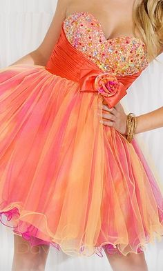 Baby doll Strapless Dress....I can see you wearing this one day to a prom!