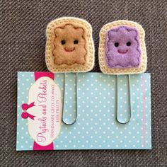 Items similar to Felt Peanut Butter and Grape Jelly Planner Paper Clip Set on Etsy Felt Diy, Handmade Felt, Felt Crafts, Felt Bookmark, Origami Bookmark, Paper Clip Art, Craft Projects, Sewing Projects, Pencil Toppers